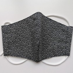 Japanese facemask in cotton, waves